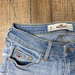 Hollister light wash Jeans 1R size 25